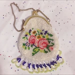 Handbags - Vintage Floral Fully Beaded Coin Purse, NB Used👛